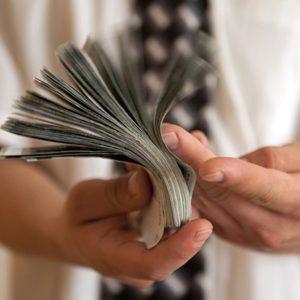 Абсолютный закон. Выкуп долга у банка